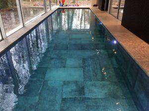 Onderloopzwembad